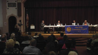 Incumbents, Challengers Meet the Voters